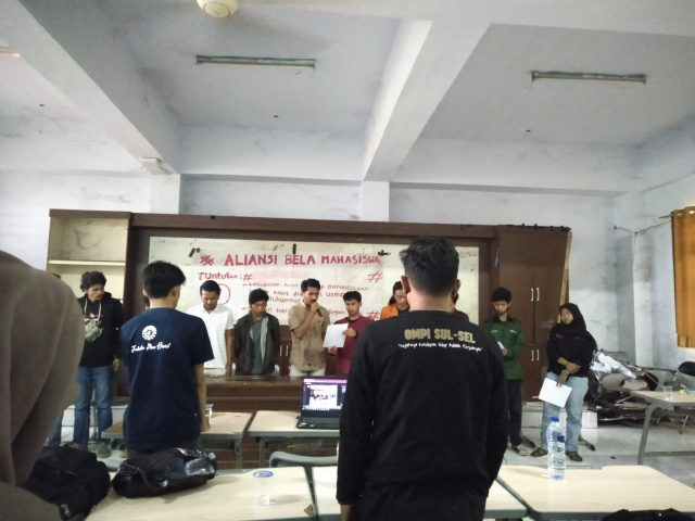 Konferensi Pers Aliansi Mahasiswa Menyikapi Kasus DO Mahasiswa IAI Al-Amanah Jeneponto (Foto: Nur Qodriah Syafitri)